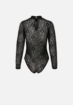Vero Moda - Elanor long sleeve lace bodysuit - black