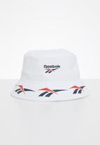 Reebok Classic - Classic vector bucket hat - white