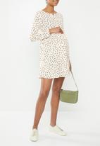 Cotton On - Maternity babydoll mini dress Aidan ditsy -  pink sand