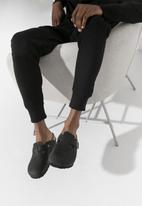 Birkenstock - Boston oiled leather regular - black