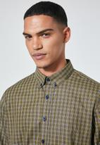 Superbalist - Barber regular fit long sleeve oxford shirt - olive