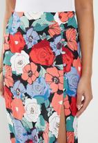 Glamorous - Large floral pencil skirt - multi