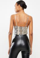 Missguided - High neck cami bodysuit - brown