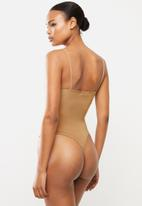 Missguided - Bust seam free strappy bodysuit - camel