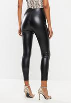 Missguided - Faux leather pin tuck leggings - black