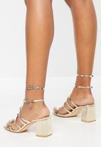 Public Desire - Zizi low block heel - gold
