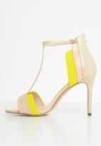 Miss Black - Inez heel - neutral & yellow