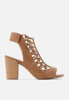 Call It Spring - Paigee heel - brown