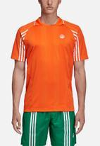 adidas Originals - Oyster tee - orange