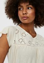 Vero Moda - Brielle cap sleeve top - birch
