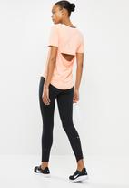 Nike - Nike air short sleeve top - washed coral