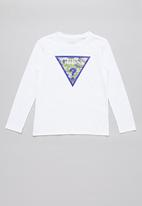 GUESS - Teens long sleeve guess camo triangle tee - white