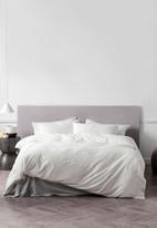 Linen House - Mayfair duvet cover set - white