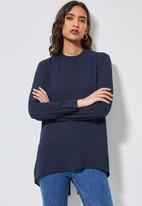 Superbalist - Longline blouse with split back and zip detail- navy