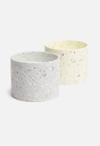 H&S - Terrazzo candle - grey