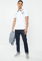 POLO - Archie custom fit short sleeve crest golfer - white