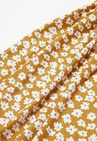 POP CANDY - Printed dress - ochre
