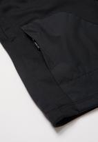 Nike - B nsw nike air ft short - black & white