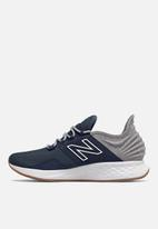 New Balance  - Fresh foam roav - indigo