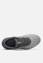 New Balance  - Drftv1 runnung shoe - grey