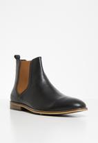 Pringle of Scotland - Adam chelsea boot - black