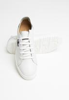 Pringle of Scotland - Zack Pringle lace up - white