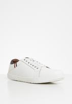 Pringle of Scotland - McNeil sneaker - white
