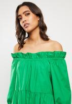 VELVET - Poplin ots tiered midi dress - green