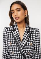 Sissy Boy - Girl boss houndstooth blazer - black & white
