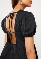 VELVET - Puff sleeve backless peplum blouse - black