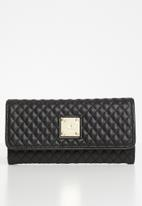 POLO - Madison synthetic quilt clutch purse - black