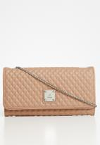POLO - Madison synthetic quilt travel purse - latte