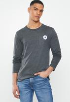 Converse - Core left chest long sleeve tee - black