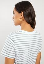 Cotton On - The baby tee - ella stripe white & iceburg green