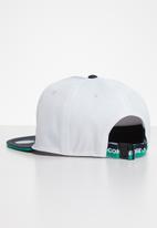 Converse - Classic patch cap - white