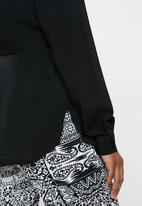 edit - Mandarin collar shirt - black