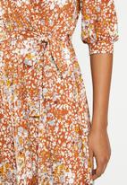 edit - Balloon sleeve tier wrap dress - rust