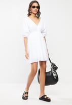 Cotton On - Woven Barbara batwing mini dress - white