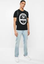 GUESS - Short sleeve guess tiger logo tee - black