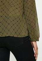 Vero Moda - Anna long sleeve shirt - olive