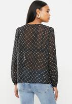Vero Moda - Anna long sleeve shirt - black