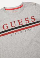 GUESS - Short sleeve Guess Los Angeles stripe tee - grey