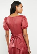 MILLA - Pleated wrap midi dress - auburn