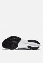 Nike - Zoom Fly 3 - white / flash crimson-spruce aura
