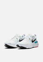 Nike - React Miler - white / black-vapor green-hyper jade
