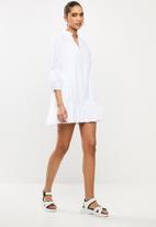 Blake - Tiered mini dress - white