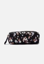 Typo - Bailey pencil case - dolly daisy