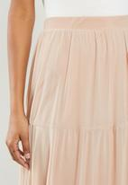 MILLA - Mesh tiered skirt - nude