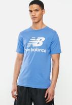 New Balance  - New Balance essentials stacked logo tee - blue