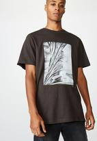 Cotton On - Tbar photo T-shirt - washed black